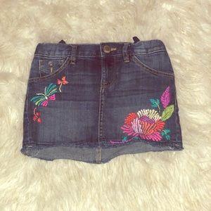 Girls GAP Denim embroidered skirt 7
